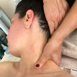 instagram foto head and neck massage